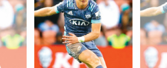Hurricanes end Chiefs' title hopes