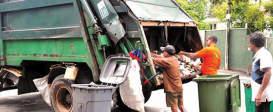 Garbage collection in Maharagama grinds to a halt