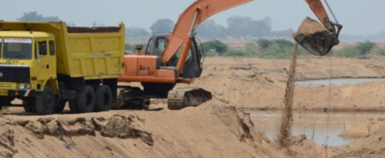 Strict action against unauthorised sand extraction – Chamal