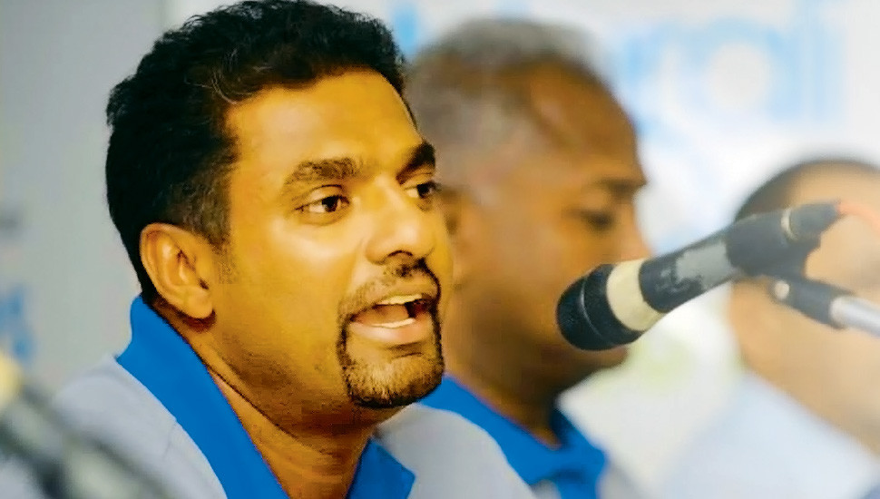 Murali breaks silence on '800' controversy