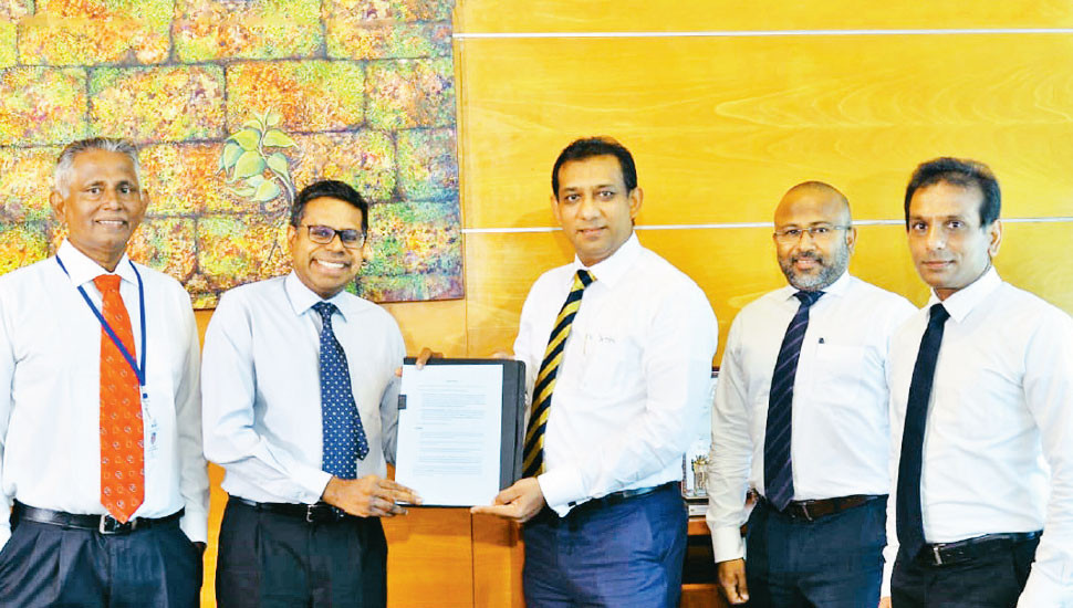 HNB signs as settlement banking partner for LOLC Finance card transactions