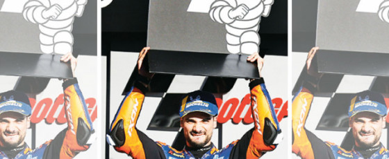 Oliveira dominates home race