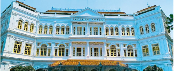 A Stay at the Iconic Raffles Singapore