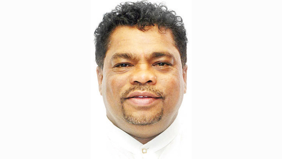 State Minister Piyal Nishantha tests positive for Covid 19