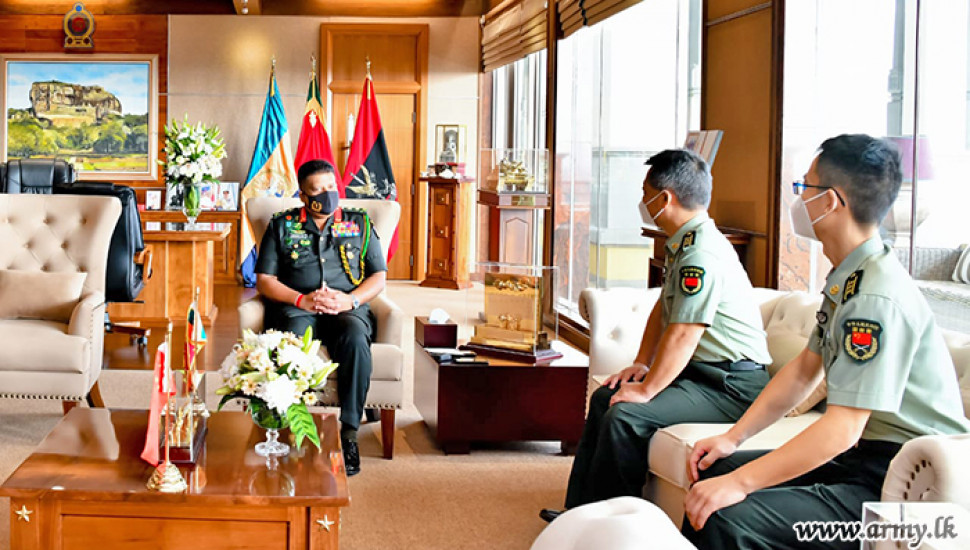 Army Commander meets Chinese Defense Attachés