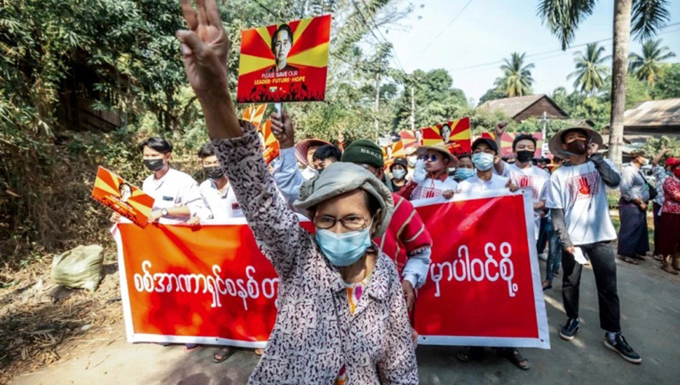 Nearly 500 Detained in Myanmar,  Hackers Target  Military Websites