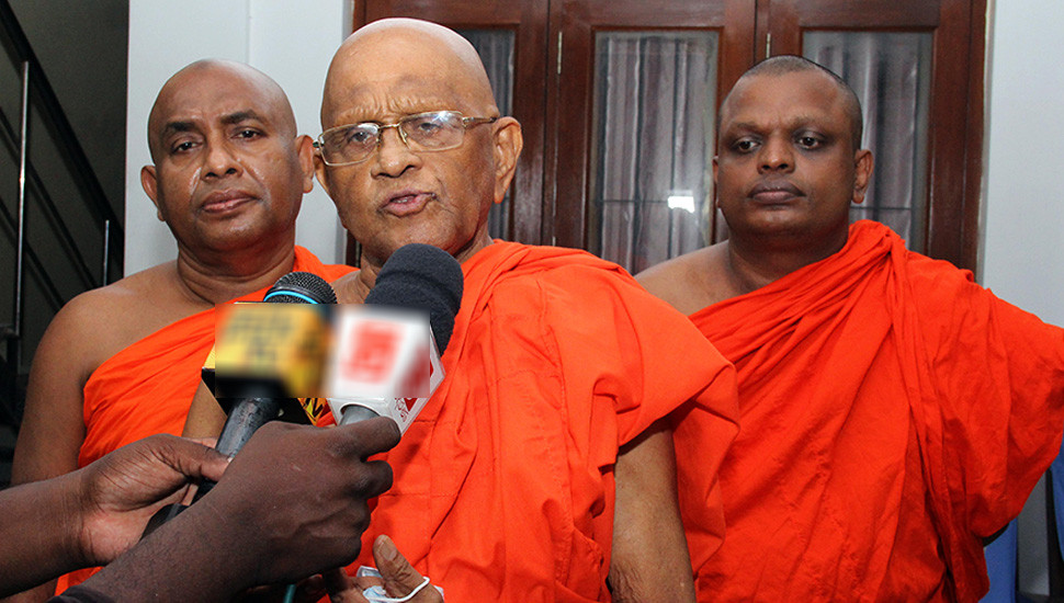 Maha Sangha invites Govt Party Leaders for discussion