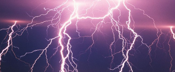Risk of strong lightning expected today