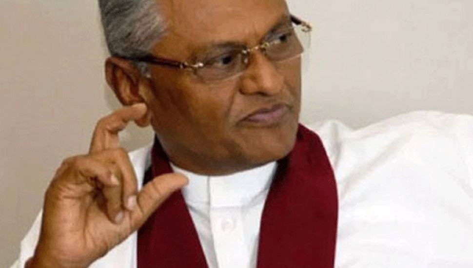 Certain officials duped Maithri into signing docs – Chamal