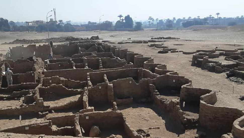 Archaeologists discover 3,000-year-old Egyptian city