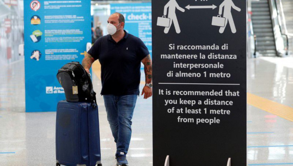 Italy extends ban on arrivals from three countries including SL