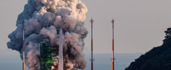 S.Korea vows 'Korean space age' after mixed rocket test results